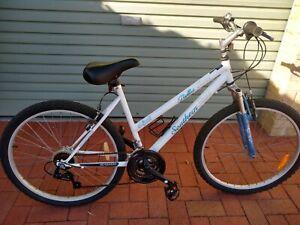 Girls/Ladies Bike, Southern Star Bella Vista 18 Speed