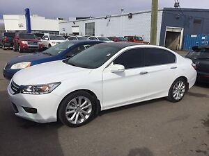 2014 Honda Accord touring  in amazing condition