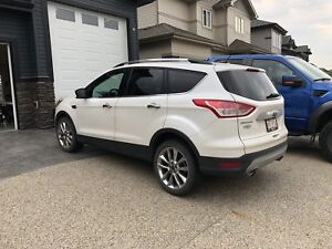 2015 Ford Escape -Like New