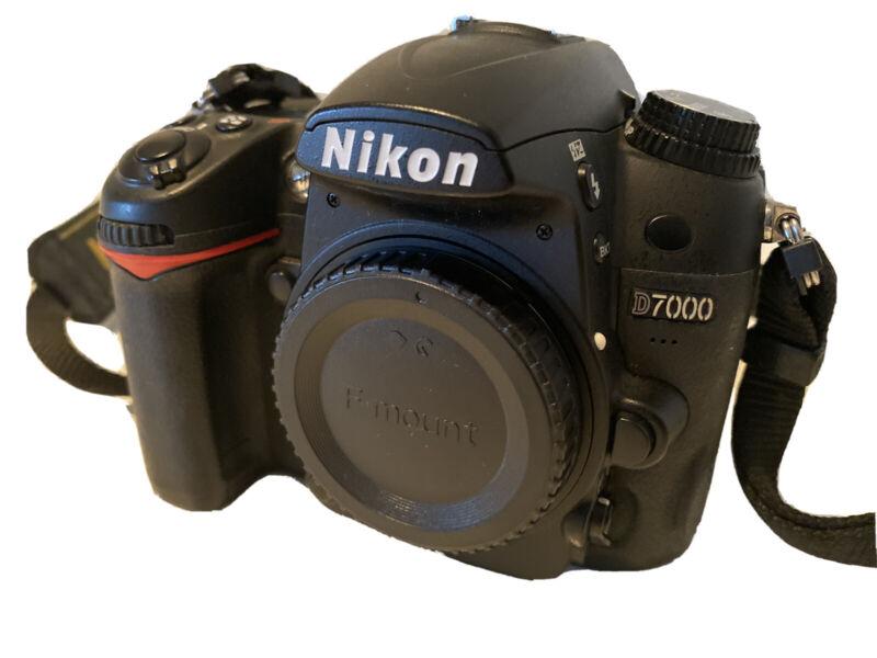 Nikon D D7000 16.2MP Digital SLR Camera - Black