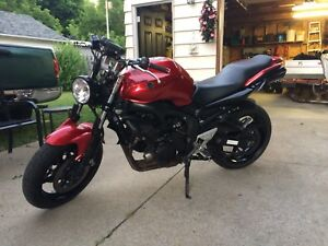 2007 Yamaha fz06 naked conversion