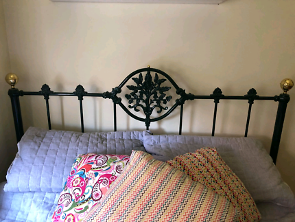 Vintage Queen Size Brass Bed Frame!!!!