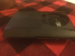 PS3 slim 500 gb with two wireless controllers