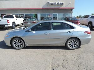 2015 Toyota Camry XLE Bluetooth,Heated Seats,Sunroof,Backup C...