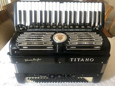 Rare Vintage Titano Parade 120 Bass Accordion W/ Case. Made In Italy.
