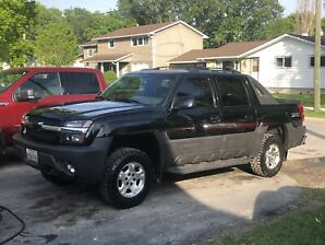 2003 Chevy Avalanche Z71 Safetied