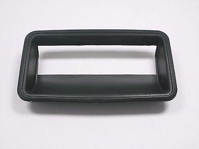 TAILGATE HANDLE BEZEL 89-98 GMC Chevy C1500 K1500 Silverado Sierra C2500 K2500