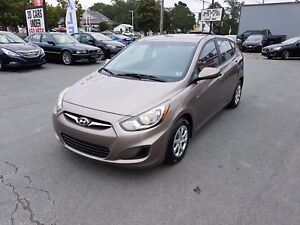 2013 Hyundai Accent GL Auto, Cruse, Heated Seats ($37 weekly,...