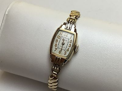 VINTAGE 1936-1937 Ladies WALTHAM Premier 17Jew 10K Gold Filled Manual Wind Watch