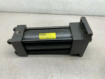 New In Box Parker Hydraulic Cylinder 03.25-j2h-lts29a 7.000