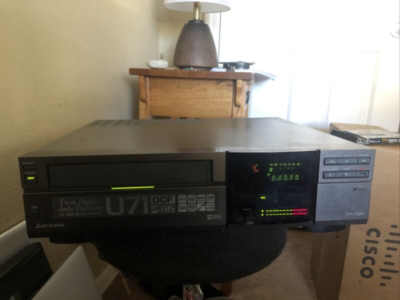 Mitsubishi HS-U71 High Model SVHS VCR Fully Tested Great Working Condition