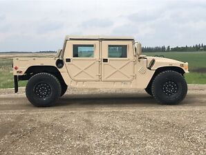 HUMVEE (HMMWV), Hummer. Excellent, genuine.