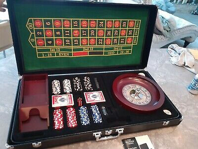 Sharper Image - Vegas Casino Action - Roulette, Craps, Texas Hold 'Em w/Case