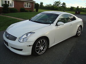 Infiniti-G35-Coupe-Salvage-Rebuildable-Repairable-Wrecked-Project-Damaged-FIXER
