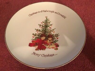 "Holly Hobbie Porcelain Christmas Commerative Edition 10 1/4"" Plate"