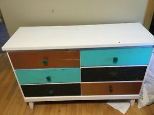 6 drawer dresser real wood!!
