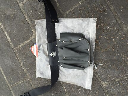 Brand new leather tool bag (electrical ) Lisarow Gosford Area Preview