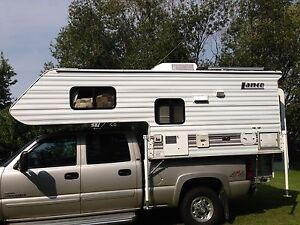 2007 short bed truck camper