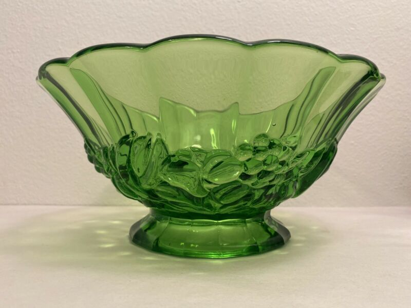 Vintage Indiana Glass Bright Green Heavy Pedestal Fruit Bowl