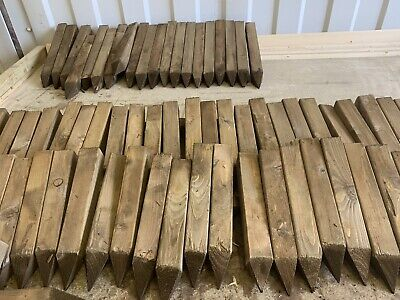 60  Wooden pegs/stakes, Site edging stakes, 12