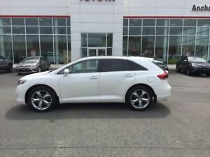 2015 Toyota Venza LTD; AWD; LEATHER; P/ROOF; NAVI; LOADED