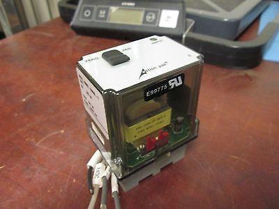 Allen-bradley Signal Conditioner Mdl-4380-2000-1 Power 120vac W Base Used