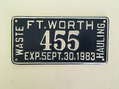 1983 Fort Worth Texas Waste Hauling Garbage Truck License Plate VG Glossy Nice!!