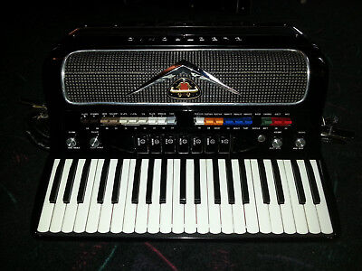 Accordion, Electronic, Monarch, AGC/Magnatone Tube Amplifier, Rhythm instrument