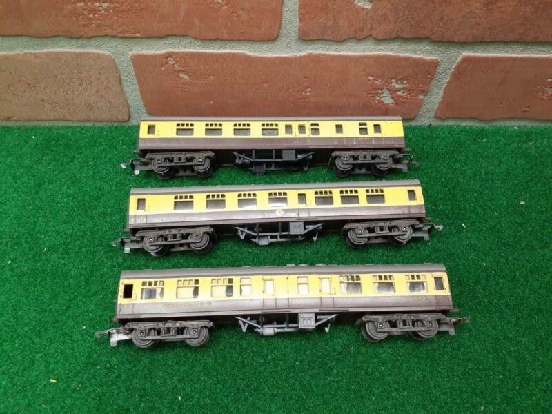 Triang Railways TT Gauge T.182-T.184 WR Mainline coaches