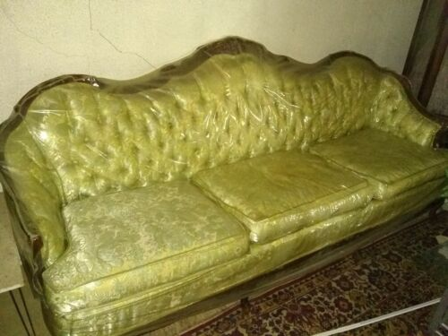 Antique Victorian Button Tuck Sofa Floral Couch from 1920+ Wood Frame Vintage