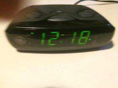 GE 7-4837B AM/FM Dual Alarm Clock & Radio With Snooze Control W/ Battery Back-up