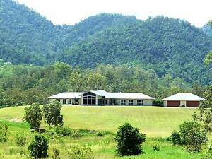 LUXURY ECO HOME ON 5 ACRES - MAKE US AN OFFER !!! (MACKAY REGION) Owens Creek Mackay Surrounds Preview