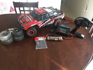 Traxxas slash 2wd Vxl rc truck