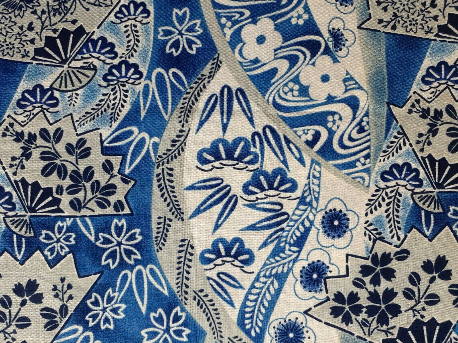 1 SCRAP 9 L X 21 W Fat Eighth Of 100 Cotton Fabric - Oriental Japanese Print  - $2.79