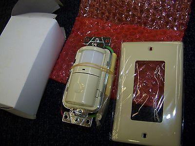 Hubbell Pir Wall Switch Occupancy Sensor Ivory 120vac 60hz 500w Cat .ws1000i