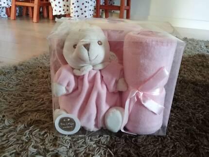Baby 3 Piece Plush Gift Set