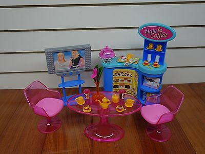 Gloria,Barbie Doll House Furniture/(2918) My Fancy Life Cafe