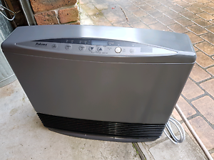 NEW! Paloma PJC-C25FRN natural gas heater NEW! Ourimbah Wyong Area Preview