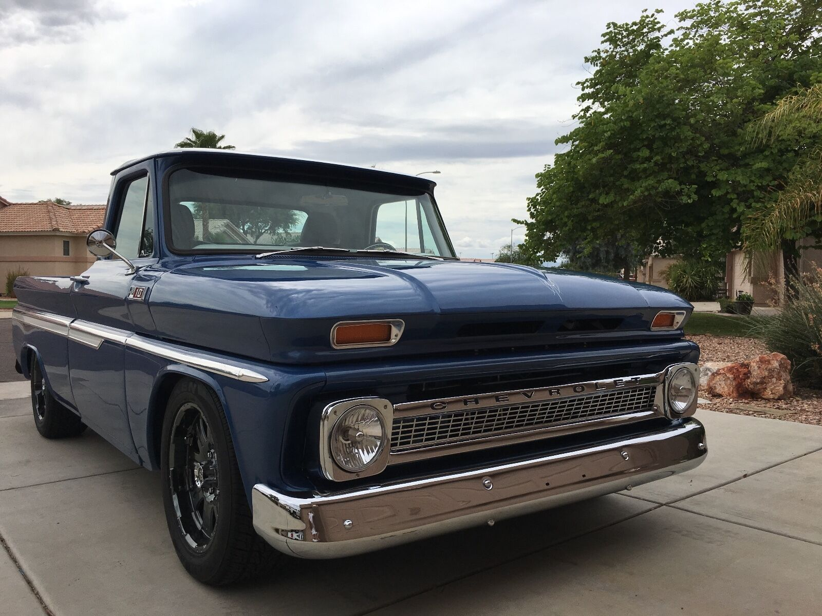 1965 Chevy C10 Shortbox, Lowered, Restored, Fly in & drive home!