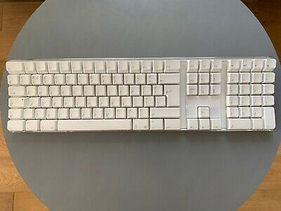 APPLE A1016 Wireless Bluetooth Keyboard in White