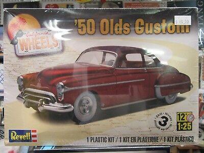 1950 Olds Custom Plastic Model Kit NIB