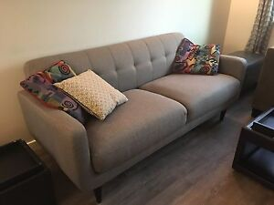Couch 550 OBO