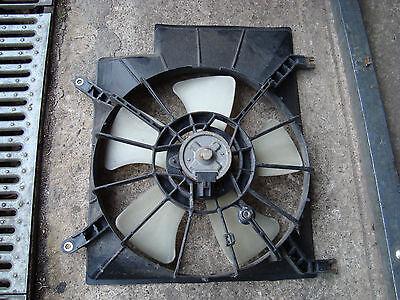DAIHATSU YRV  Lüftermotor + rahmen   2000 bis 2005