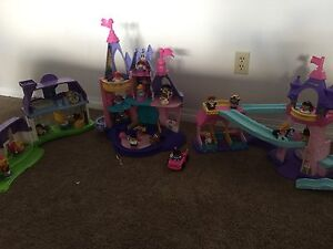 Fisher price Little people playsets