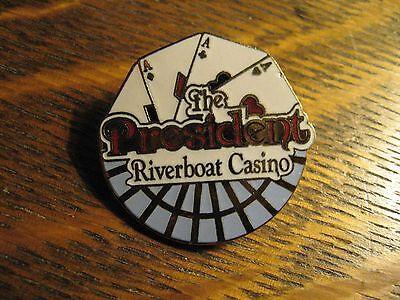 President Riverboat Steamboat Casino Missouri Iowa Mississippi USA Lapel Pin