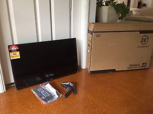 "New flat screen 28"" TV/DVD Lennox Head Ballina Area Preview"