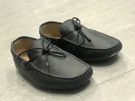 Tods Loafers Navy Blue Leather Driving Shoes Size 6 Burswood Victoria Park Area Preview