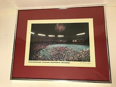 VINTAGE 1982 WORLD SERIES SEVENTH GAME WIN CELEBRATION PHOTO FRAMED Framed Photo World Series Game