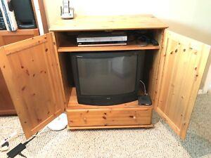 Pine TV cabinet entertainment unit