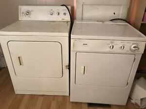 Dryers and stove for sale